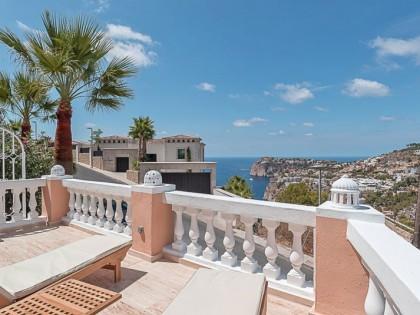 Mallorca, the luxury market.