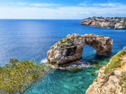The Balearic economy will keep growing in 2019